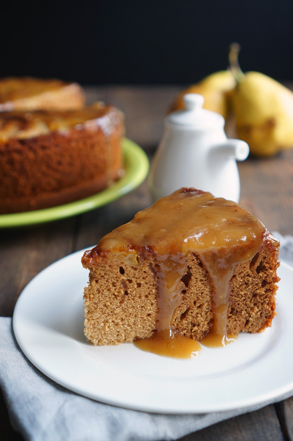 Pear and Ginger Cake with Honey