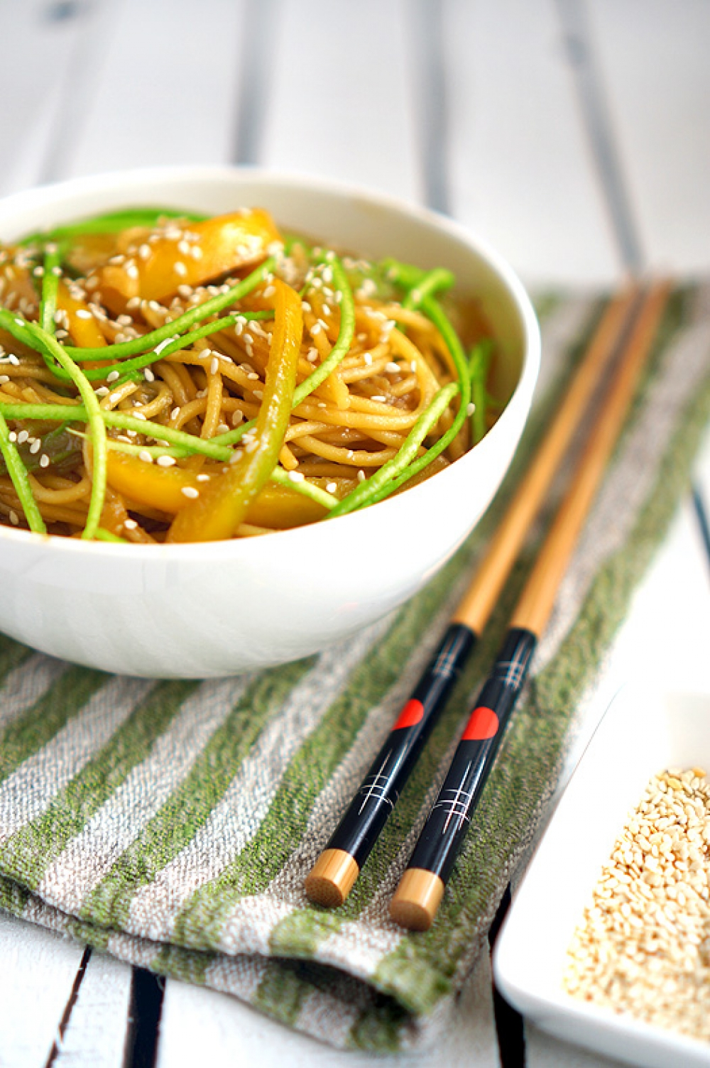 Noodles with Zucchini and Pepper