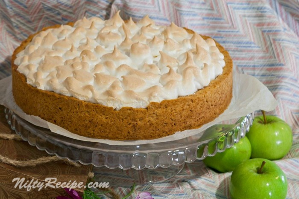 An apple pie with meringue
