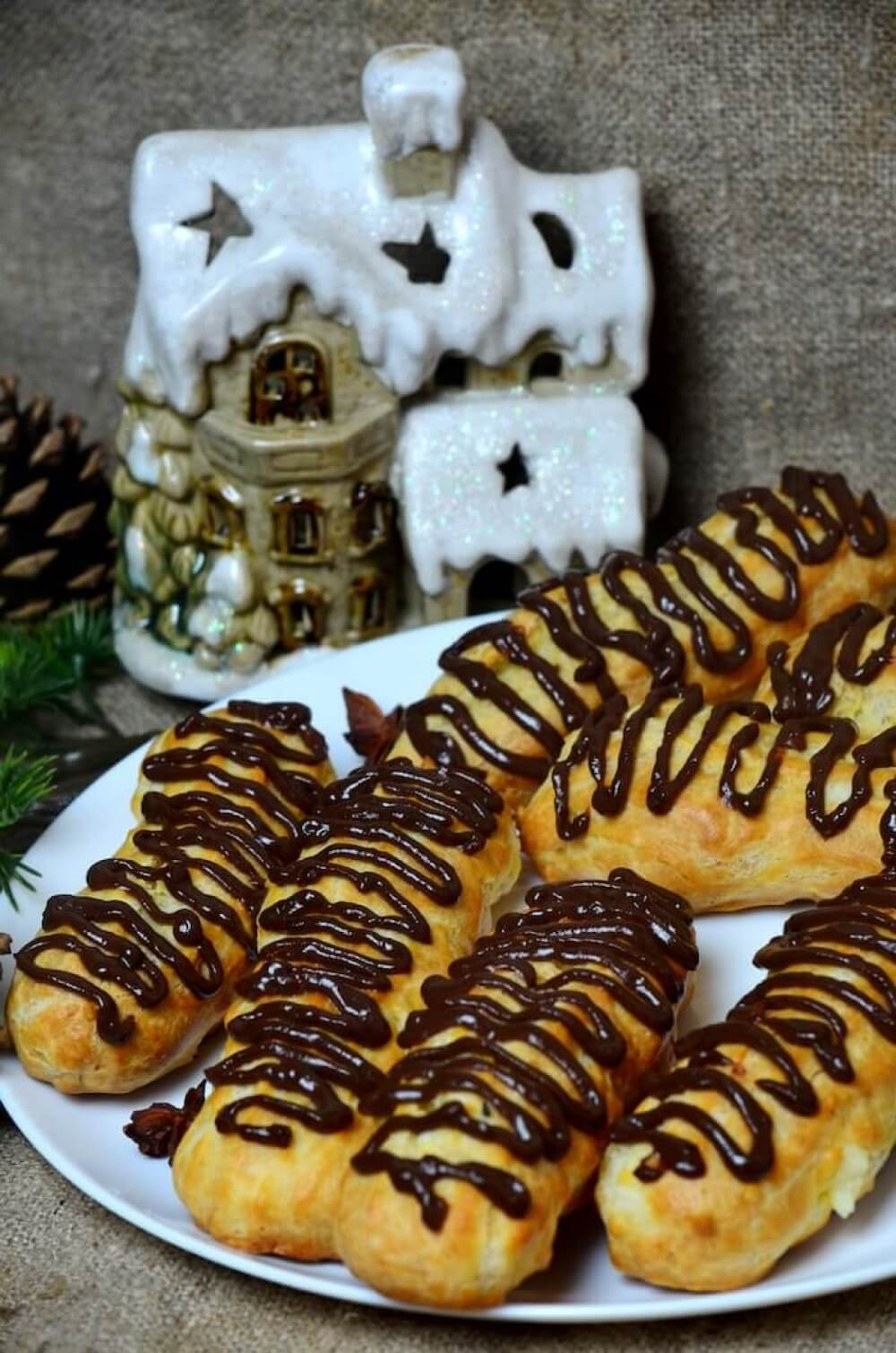 Eclairs with Buttercream