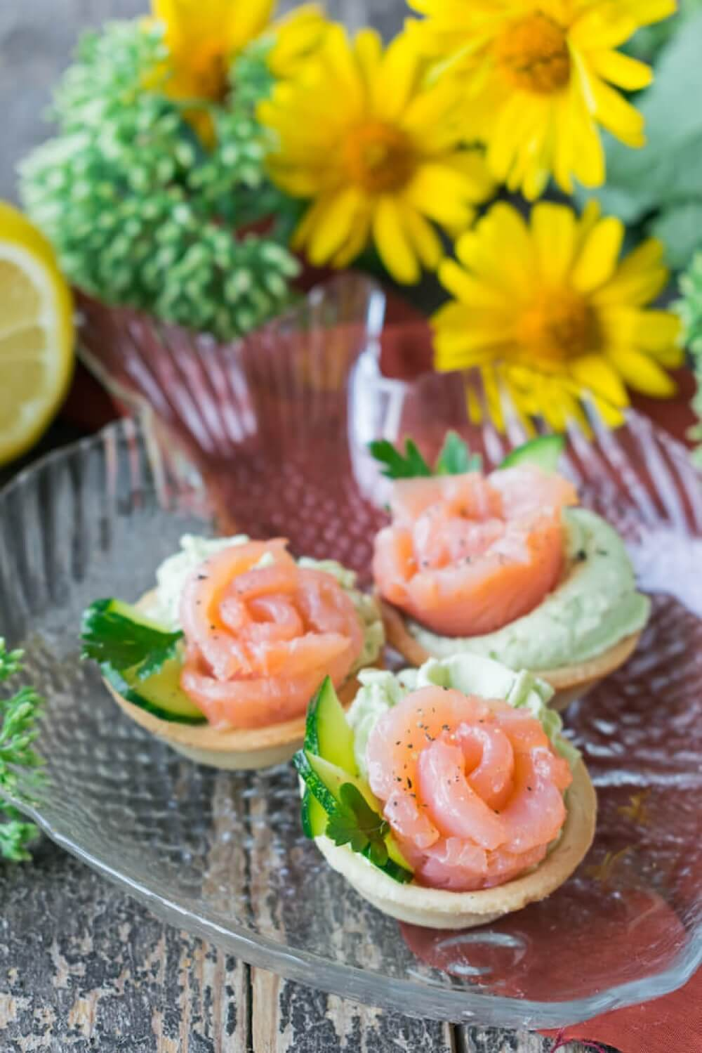Tartlets with Salmon and Avocado