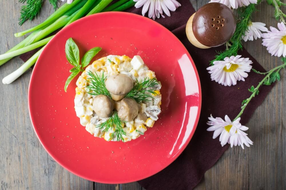Sweet Corn Salad with Chicken and Pickled Mushroom
