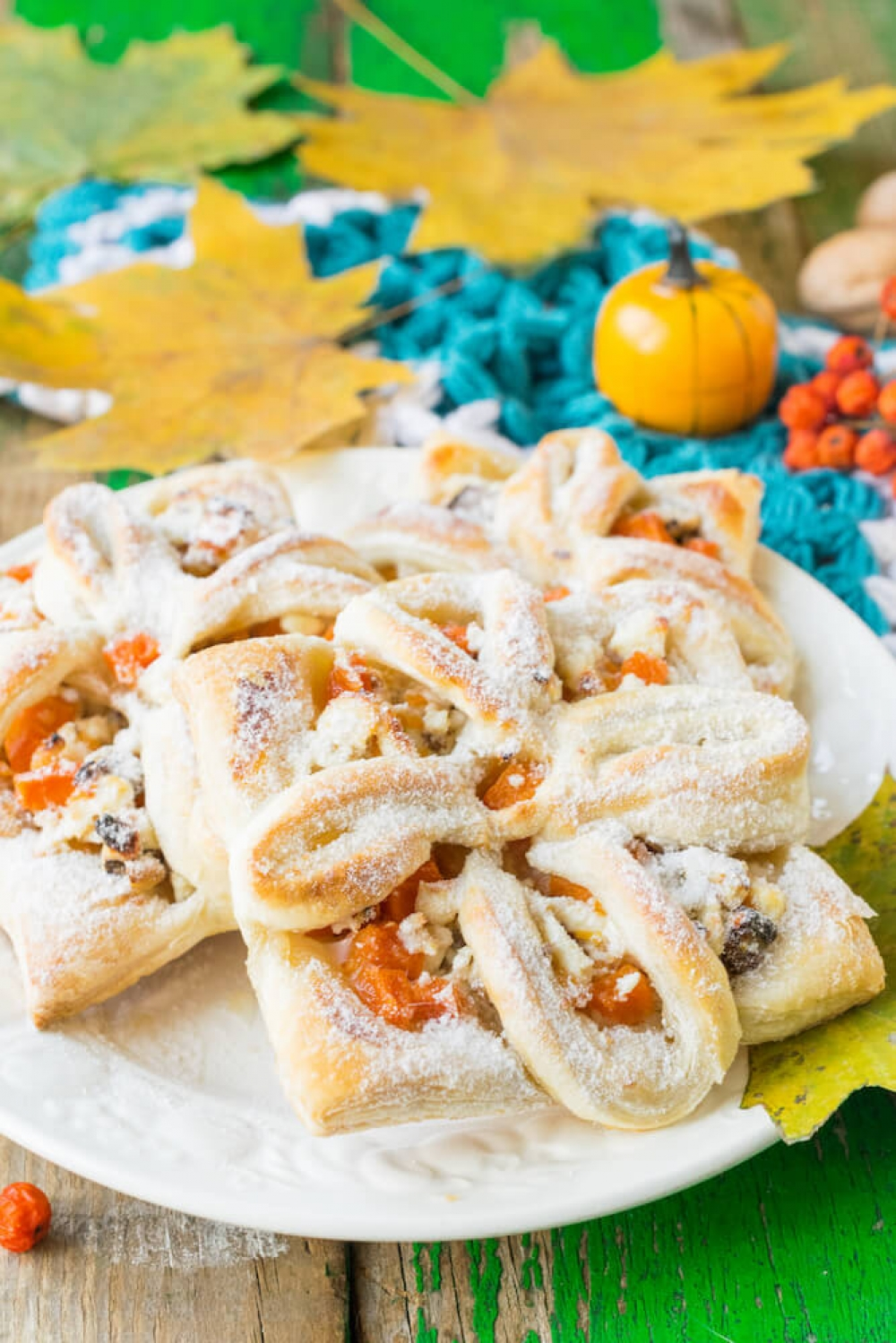 Pumpkin Puffs with Cottage Cheese and Walnuts