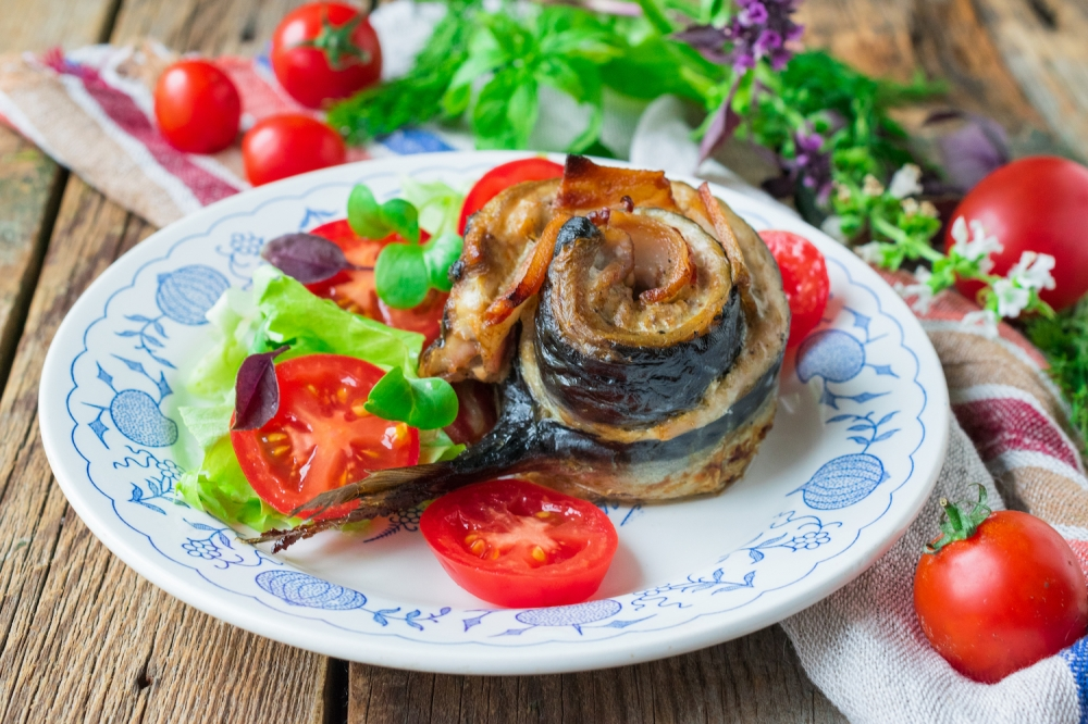 Mackerel Roll with Bacon