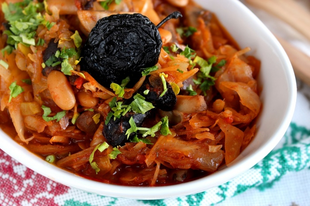 Cabbage stewed with mushrooms and prunes