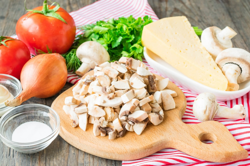 Chicken and Mushrooms Salad «Little Red Riding Hood»