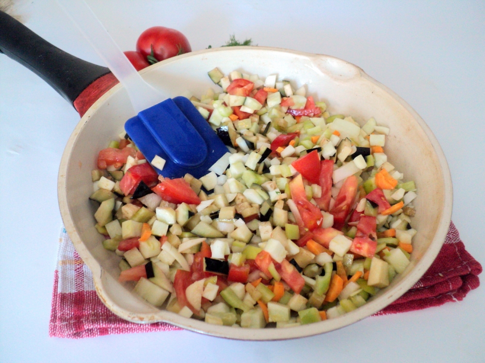 Russian Pickled Vegetable Salad