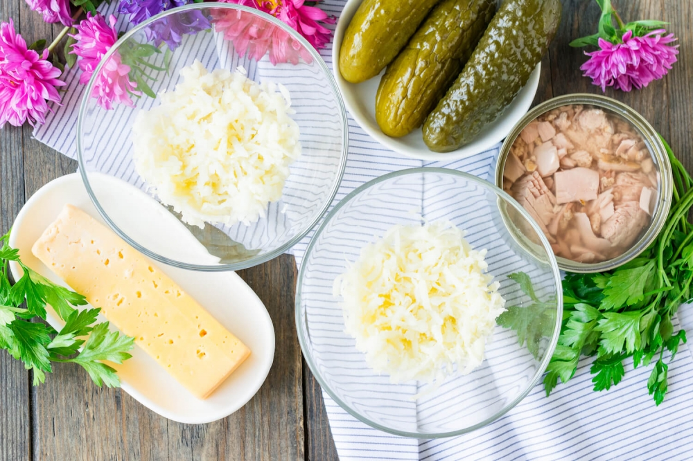 Canned Tuna Salad with Marinated Cucumbers