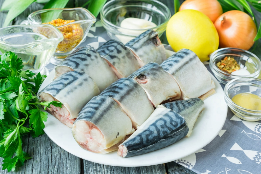 Baked Mackerel with Mustard Sauce