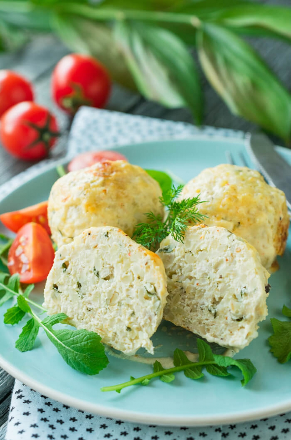 Chicken Bulgur Meatballs with Sour Cream Sauce