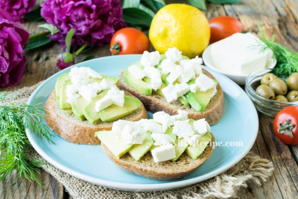 Avocado Sandwiches